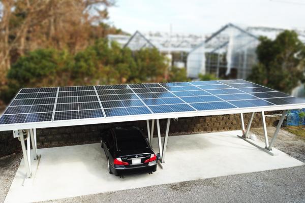太陽光発電システムのフェンスの画像